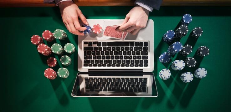 online poker on real poker table