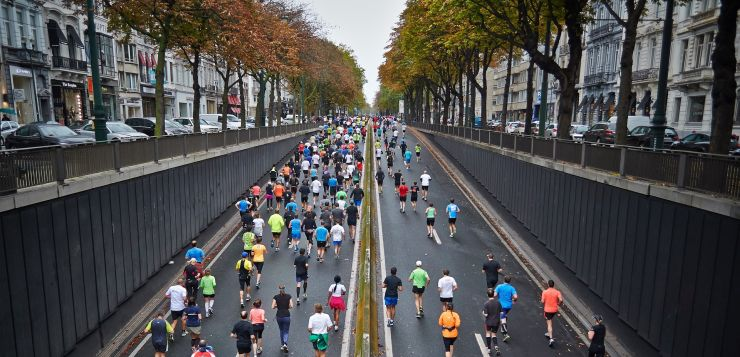 people running
